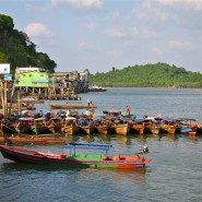 Kaw Thaung Pier Longtailboats